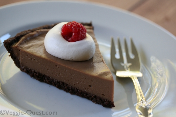 Cauliflower chocolate silk pie - Gluten free, vegan, low fat