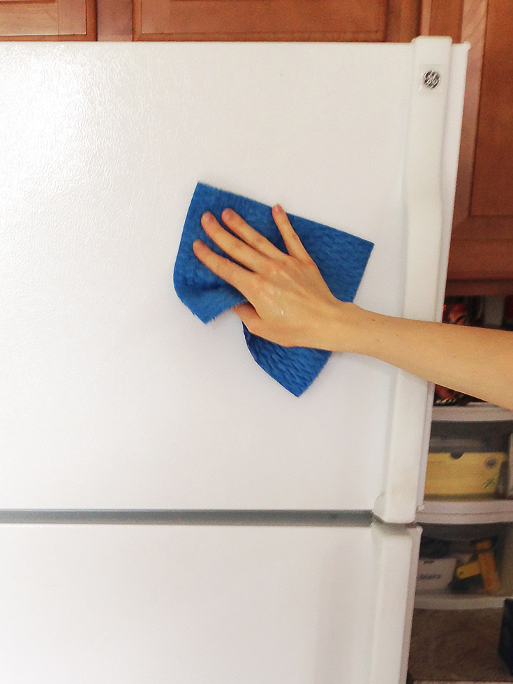 how to clean fridge stain