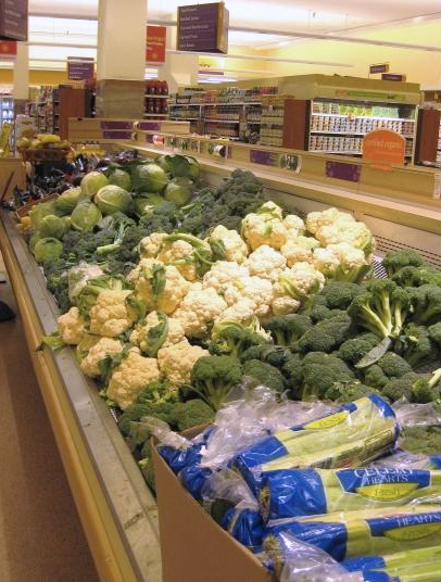 Veggies in grocery store final