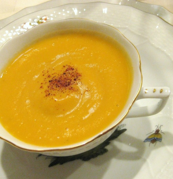 Low fat leek and sweet potato bisque