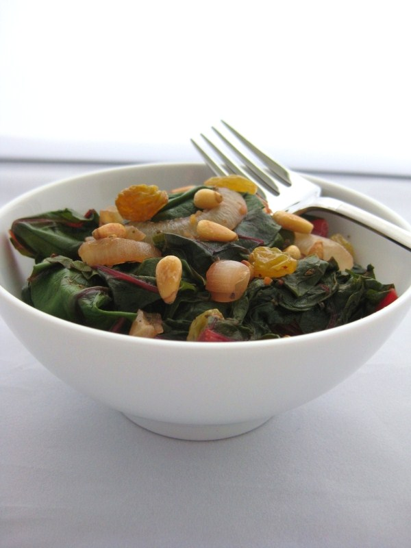 Swiss-Chard-with-Raisins-3