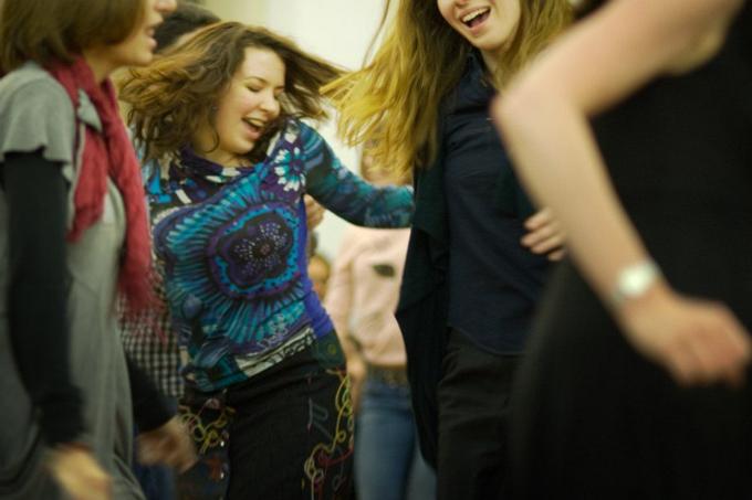 Dancing_680
