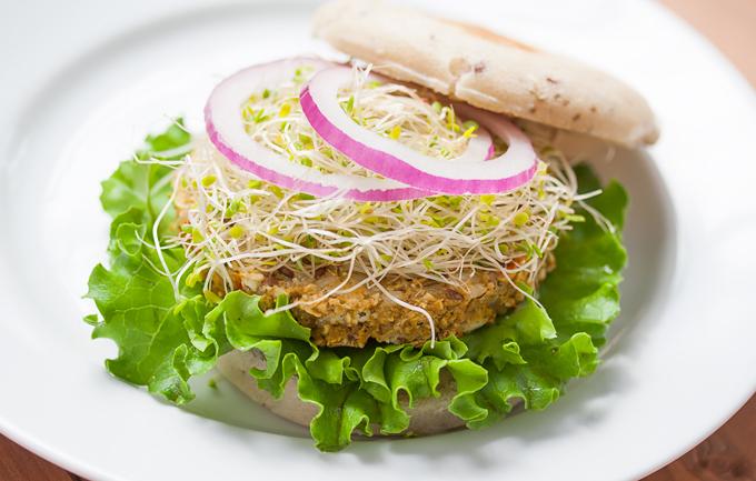 3 Low-Fat, Gluten-Free, Vegan Burgers You Can Buy Under 200 Calories Each!