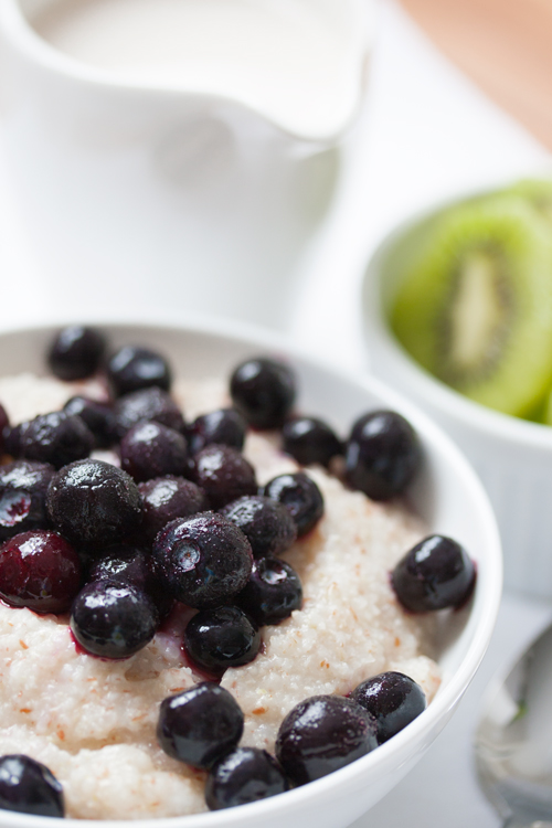 Superfood Made Easy: Blissful Blueberry Breakfast Bowl! Vegan, gluten free, and ready in 5 minutes.