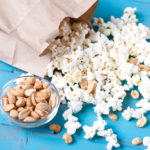 Budget Cooking Hack: How to Make Popcorn in a Paper Bag in the Microwave