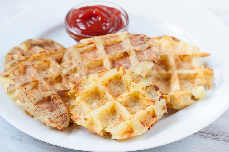 how to cut potatoes into waffle fries